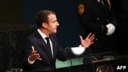 امانوئل مکرون میگوید، برجام برای تداوم صلح در منطقه مفید است.