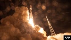 Запуск американського супутника зв'язку, 3 вересня 2015 року