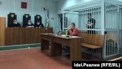 На заседании суда 27 мая 2020 года