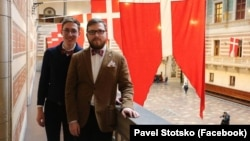 Яўгеній Вайцяхоўскі (зьлева) і Павел Стацко (справа)