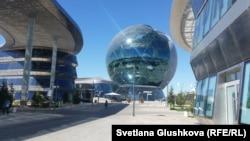 EXPO-2017 халықаралық көрмесі аумағындағы нысандар. Астана, 22 маусым 2017 жыл.