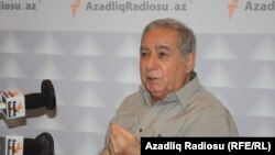 Әзербайжан жазушысы Акрам Айлисли.