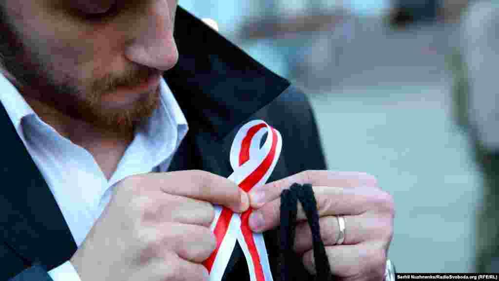 Біло-червоно-білий прапор – це історичний національний символ Білорусі