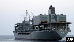 Iran -- Iranian warship Kharg in the Gulf, 21Feb2009