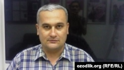 Uzbek journalist Bobomurod Abdullaev (file photo)