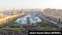 Ирактағы күрд автономиясының астанасы Эрбиль қаласындағы сүнниттер мерекесі Мұхаммед пайғамбардың туған күні - Мәуліт. 13 қаңтар 2014 жыл.
