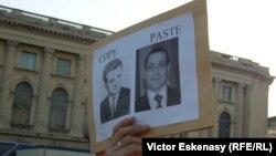 La o demonstrație pro-democrație la București