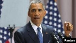 Барак Обама ҳам чапақай.