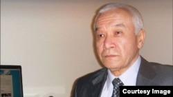 O'shTV asoschisi Xaliljon Xudoyberdiyev 2010 yil iyun voqealaridan keyin xorijga chiqib ketishga majbur bo'lgan.
