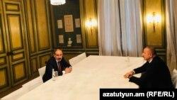 Премьер-министр Армении Никол Пашинян и президент Азербайджана Ильхам Алиев, Мюнхен, Германия, 15 февраля 2020 г.