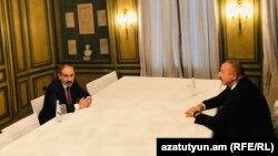 Armenian Prime Minister Nikol Pashinian (left) and Azerbaijani President Ilham Aliyev in Munich on February 15.