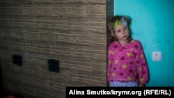 Два года без мужа и отца: как живет семья Зейтуллаева (фотогалерея)