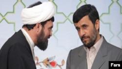 سخنان تند و آتشين محمود احمدی نژاد در خصوص برنامه اتمی تهران، انتقاد بسياری از چهره های درون نظام جمهوری اسلامی را به همراه داشته است.