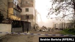 Imagine din Thumane după cutremur
