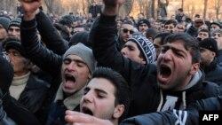 У Вірменії протестували з вимогою до Росії видати підозрюваного у вбивстві родини, Ґюмрі, 15 січня 2015 року