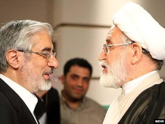 مهدی کروبی و میرحسین موسوی پس از مناظره انتخاباتی