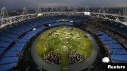Arxiv foto: Londonda Olimpiya Stadionu rəsmi açılışdan əvvəl