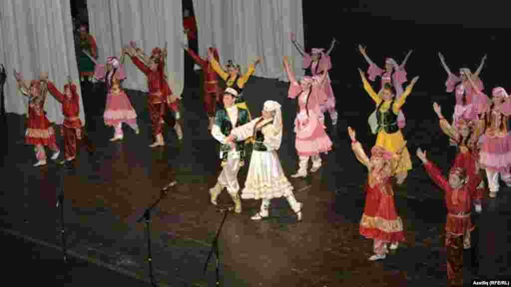 """""""Түгәрәк уен"""" фестиваленең Гала-концерты, Самар, 7 октябрь 2012"""