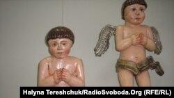 Cкульптури ангеликів