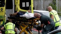 Полицията в Нова Зеландия съобщава за множество ранени след стрелба вджамия в град Крайстчърч.