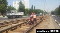 Сообщается, что линия 13-го трамвая тоже была демонтирована в целях обеспечения президентской безопасности.