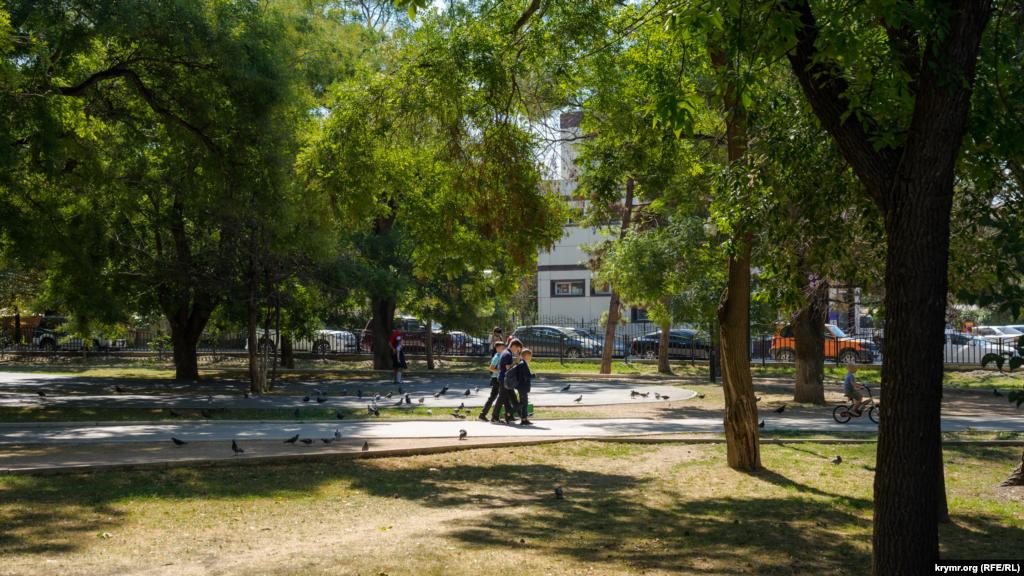 І парку імені Шевченка