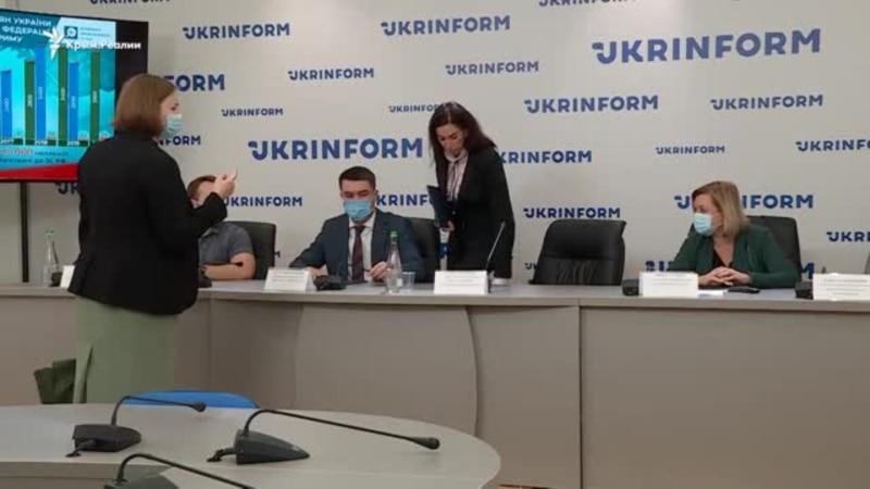 Российская милитаризация крымских детей: что происходит? (видео)