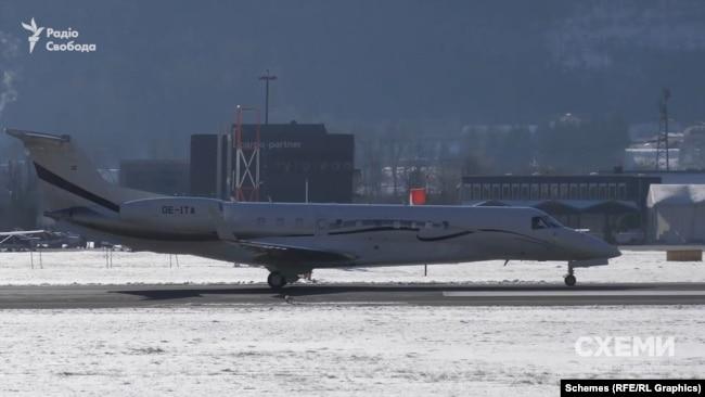 Втративши можливість використовувати звичний для себе літак, Тарас Козак одразу знайшов йому заміну – Embraer 650 з бортовим номером ОЕ-ITA