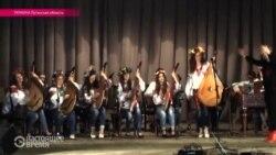 Украина: новогодний концерт на передовой