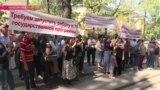«Я им акт самосожжения устрою вот здесь» - пикет ипотечников в Алматы