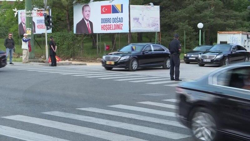 EU Turks Come To Sarajevo For Erdogan Rally