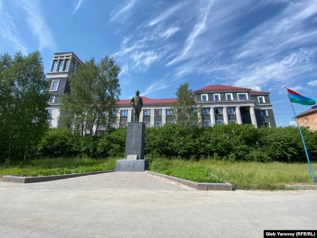 Здание бывшей гостиницы Беломорканала