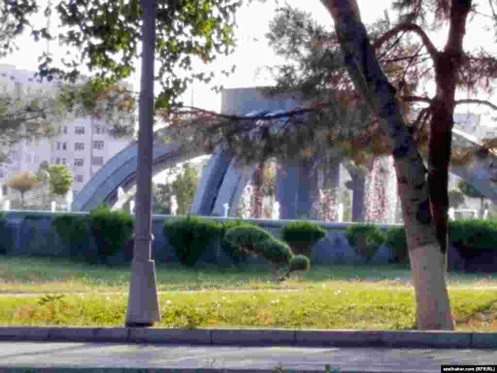 Фонтан Парка Независимости. Ашхабад