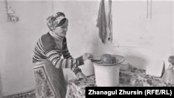 Лариса Чернышева живет в маленьком доме с сыном