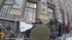 """""""Euromaidanul"""" după ce a fost blocat de trupele de interne"""