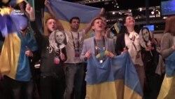 Журналісти разом із Джамалою співали кримськотатарський приспів із «1944» (відео)