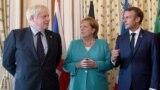 Britanski premijer Boris Džonson, nemačka kancelarka Angela Merkel i francuski predsednik Emanuel Makron na samitu G7 u Bijaricu, 24. avgust 2019.