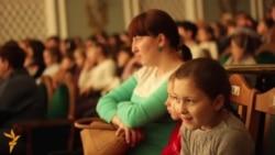 Тинчурин театры балаларны әкият күрсәтеп җәлеп итмәкче