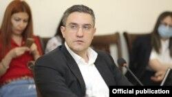 Артур Казинян