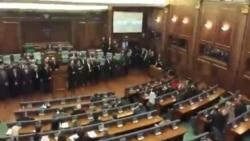 Gaz lotsjellës për herë të tretë në seancën e Kuvendit të Kosovës