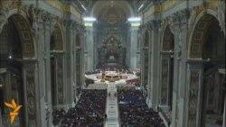 Папата Франциско за Божиќ повика на правичност