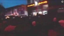 شعار «مرگ بر منافق» هواداران جبهه پایداری علیه کاندیدای اصلاح طلبان در ایلام