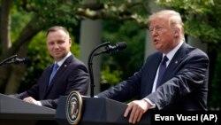 აშშ-ის და პოლონეთის პრეზიდენტები, დონალდ ტრამპი და ანჯეი დუდა პრესკონფერენციაზე ვაშინგტონში, 2020 წლის 24 ივნისს