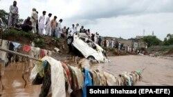 پاکستان کې راوتلي سیلابونه