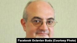 """Octavian Buda, profesor de istoria medicinei la Facultatea de Medicină """"Carol Davila"""" din București."""