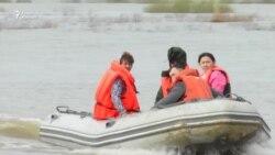 Паводки на севере Казахстана не отступают
