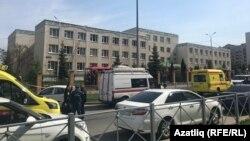 Школа в Казани, в которой произошла стрельба.