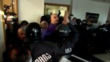 GRAB - In Dramatic Early Morning Raid, Georgian Police Arrest Opposition Leader
