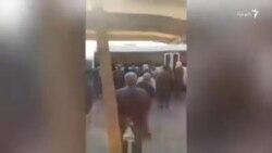 تجمع خانوادههای بازداشتشدگان مقابل زندان اوین