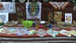 В Севастополе учились расписывать украинские писанки (видео)